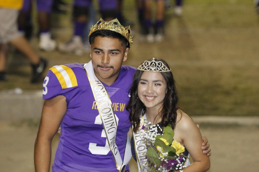 Fabien+Guillen+and+Luz+Mendoza+were+announced+as+Homecoming+Queen+and+King.