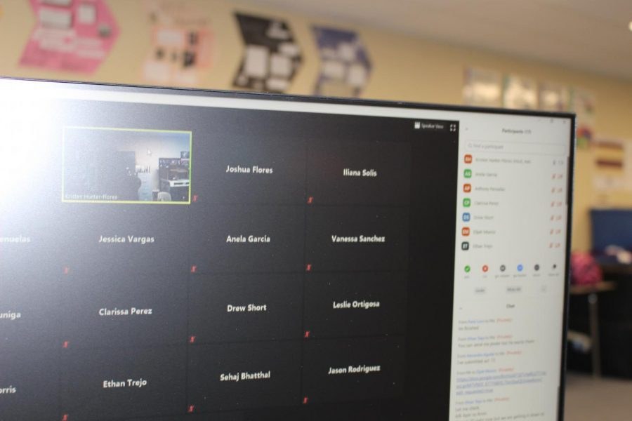 A computer screen during a zoom class.